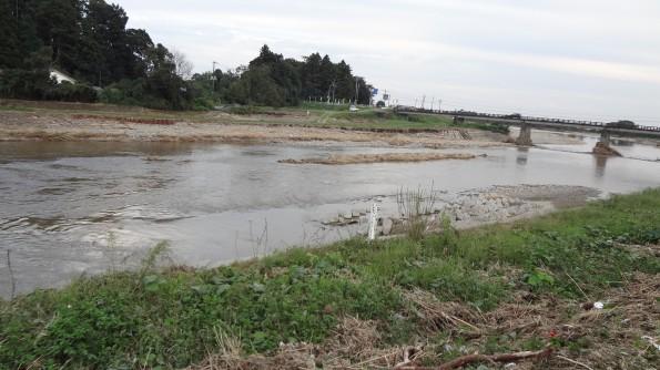 川の氾濫後